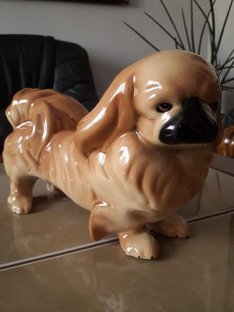 Porcelanowy pies Pekińczyk Anglia
