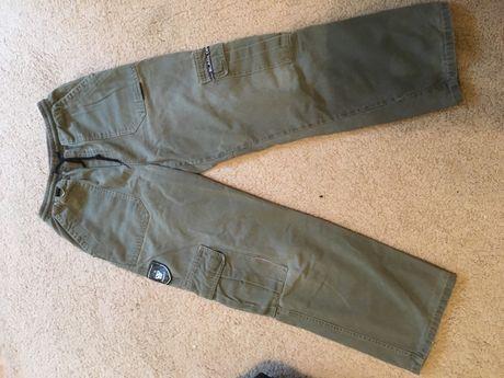 Spodnie męskie ze ściągaczem w pasie