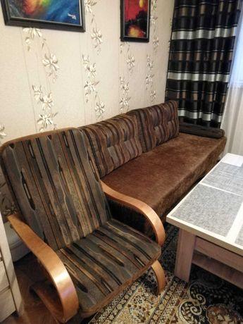 Oddam za darmo kanapę rozkładaną plus 2 fotele. Stan bardzo dobry.