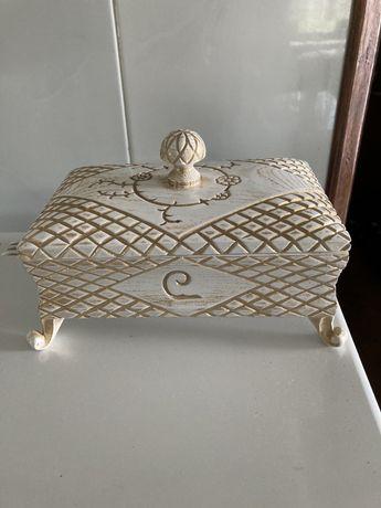 Baú porta alianças casamentos artesanato
