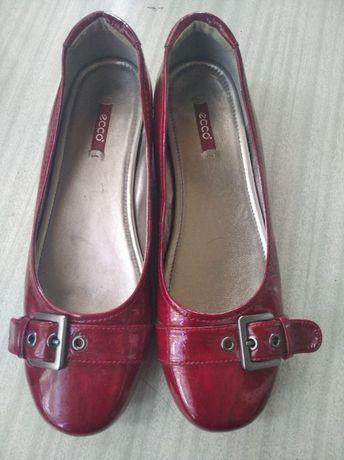 Туфли, балетки лаковые Ecco (40 размер, стелька - 26 см)