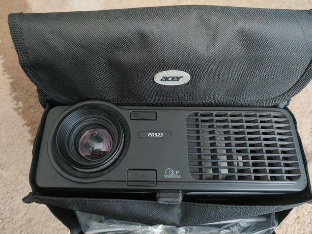 Projektor Acer PD523