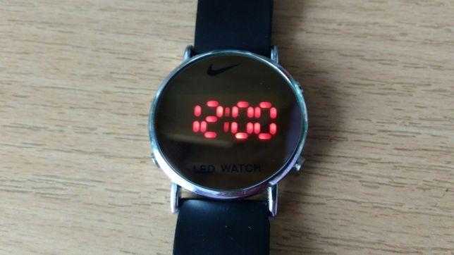 Годинник NIKE