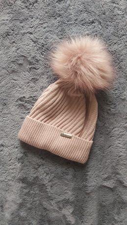 Nowa czapka pudrowa zimowa