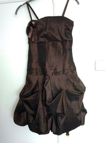 Sprzedam sukienkę kol. czekoladowy Roz. XS/S
