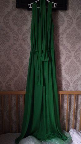 Атласные платье с разрезом