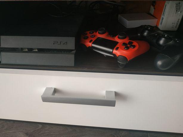 PS4 500gb. Mało używana