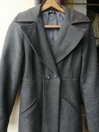 Nowy długi płaszcz jesiennozimowy