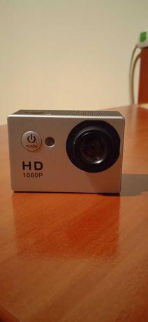 Kamera Sportowa (GoPro) Action Camp + akcesoria + karta pamięci 8GB
