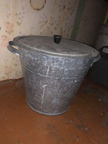 Металическая кастрюля Выворка оцинкованная бу 15 л