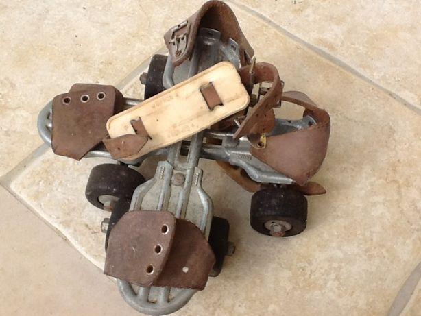 Anos 50 - Par de patins vintage - Cucciolo gipron -