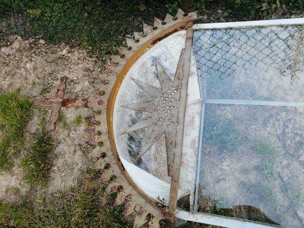 Kapliczka szklana stalowa