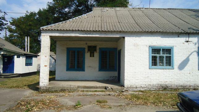 Продаж нежитлового приміщення с.Каленики,Решетилівський р-н 40,6 м.кв
