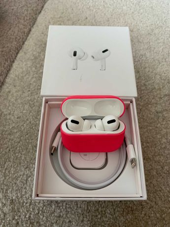 Наушники Apple Airpods Pro В идеальном состоянии