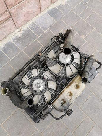Komplet chłodnic wentylator Toyota Corolla verso 04-06r silnik 2.2 dca