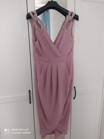 Koktajlowa sukienka TFNC