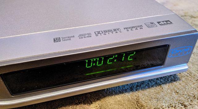 Odtwarzacz DVD LG DVX9800 Divx DTS pilot kabel EURO 100% sprawny