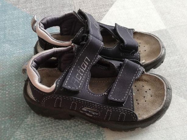 Sandałki r 28
