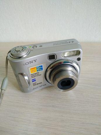 Продам фотоаппарат sony dsh-s90