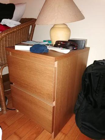 2 Mesas de cabeceira + Cómoda MALM do IKEA