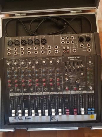 Mixer Mackie DFX-12