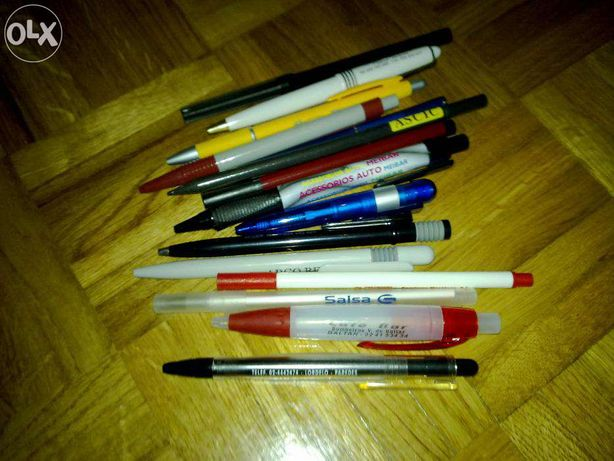 Várias canetas com logótipo ou publicidades,quantidades a defenir...