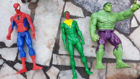 Bonecos Homem aranha e