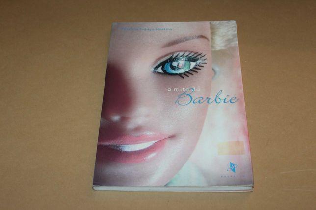 O Mito da Barbie de Patrícia França Martins