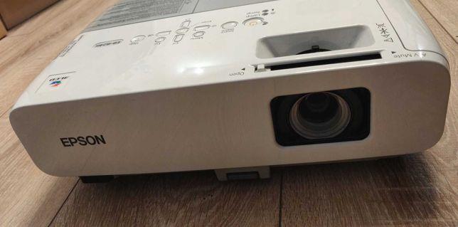 Projektor EPSON EB-824H