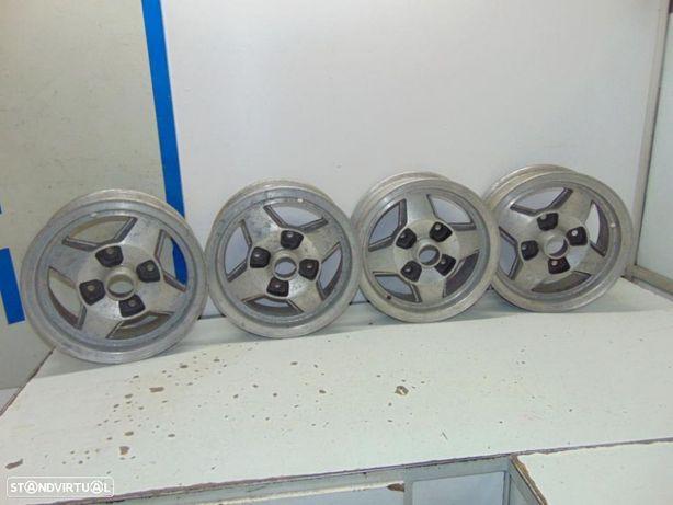 Toyota KE20, KE30/ 36, Datsun 1200, 100A e outros jantes