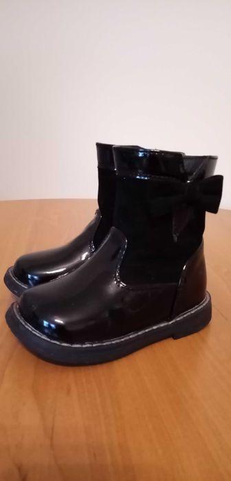Czarne botki zimowe dla dziewczynki rozmiar 21. Radom - image 1