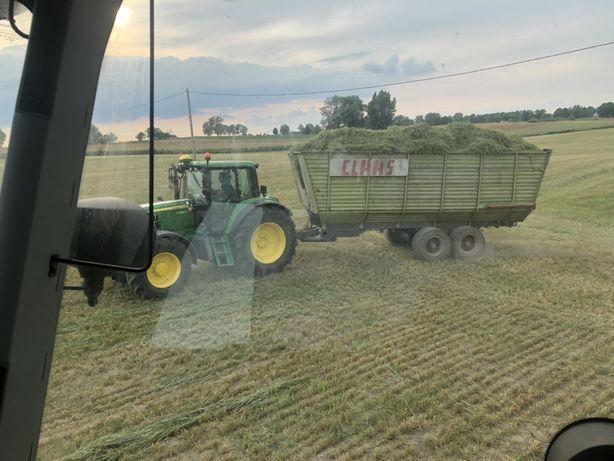 Przyczepa do kukurydzy trawy obiętościowa