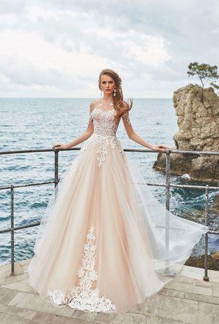 Продається весільна сукня Оксана Муха Asira