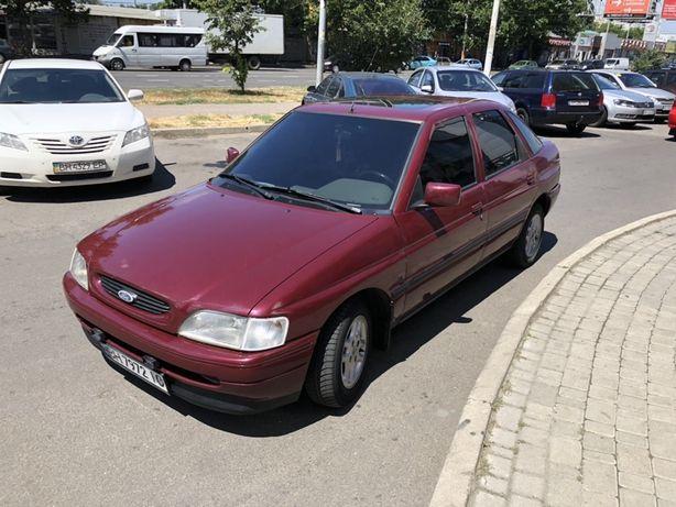 СРОЧНО! Продам Ford Escort 1995 1.4л