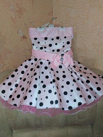 Платье на девочку в горошек в стиле ретро(стиляги)