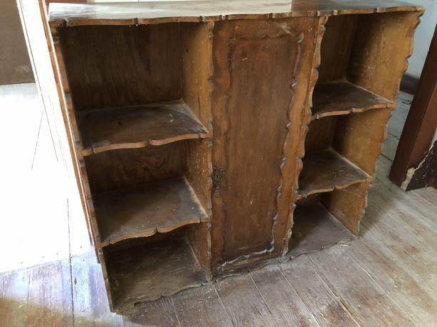Movel estante prateleiras com porta Antigo