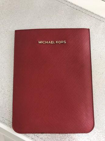 Michael Kors etui na mini tablet
