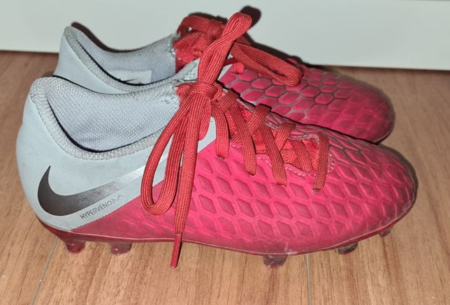 Chuteiras Nike 30