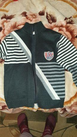 Дитячий светр на замок