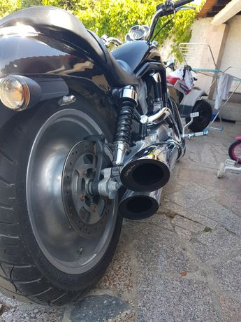 Harley V-Rod VRSCB