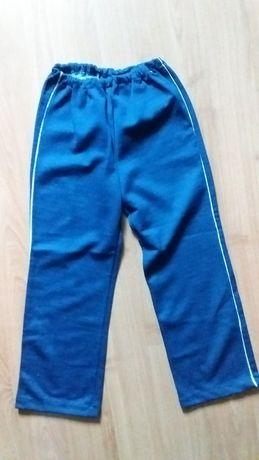 Детские р.32 спортивные штаны новые