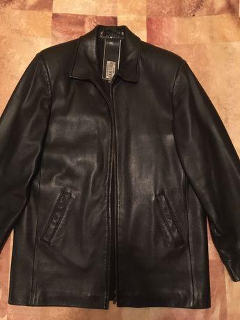 Чоловіча шкіряна куртка