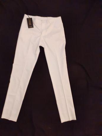 Spodnie chinosy ZARA