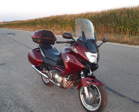 Honda deauville nt700v