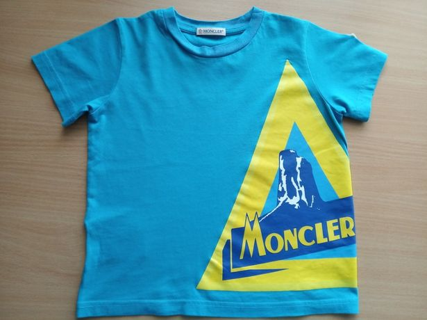 Детская футболка Moncler на 3-4 года.Оригинал!
