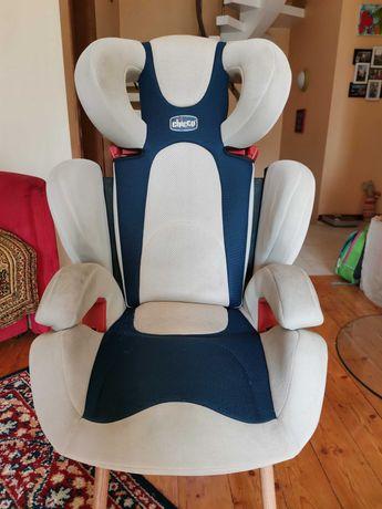 Кресло детское автомобильное Chicco Universal 15-36 кг
