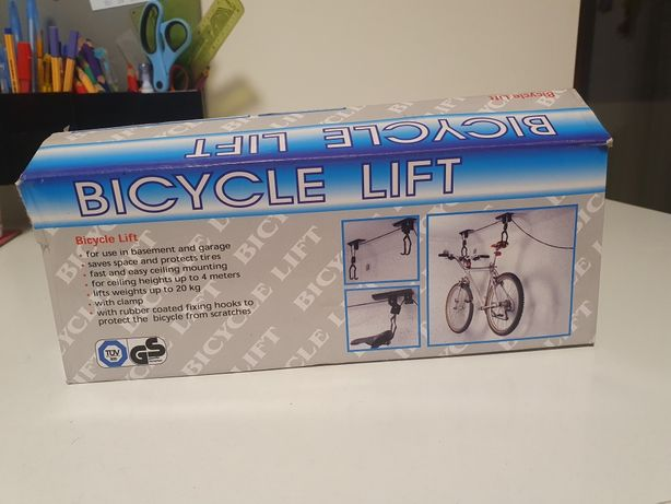 Wieszak podsufitowy na rower