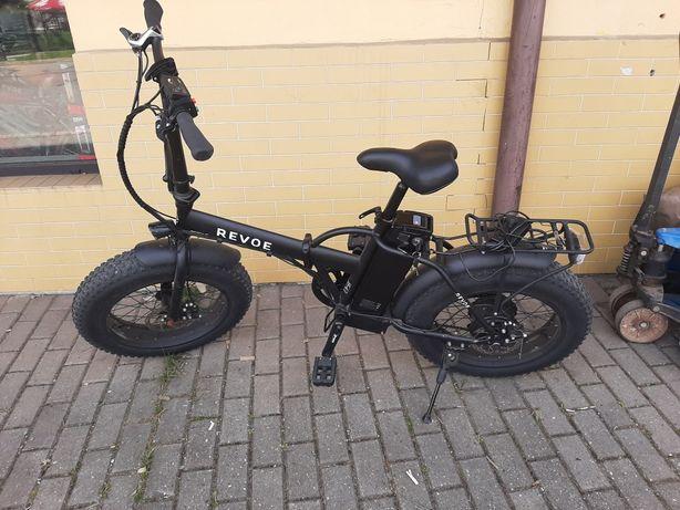 Rower z elektrycznym wspomaganiem Revoe