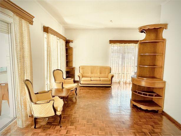 Venda particular apartamento T4 com oito varandas