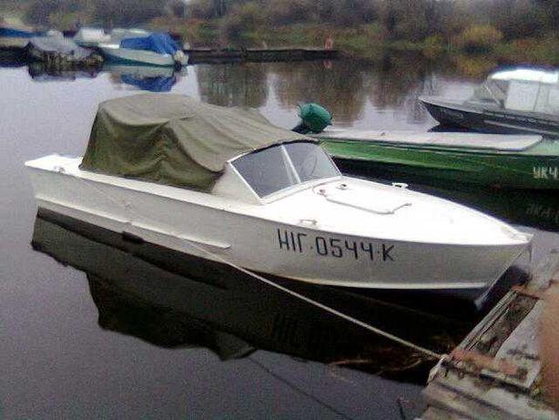 """Продам  катер """"Прогресс"""" с лодочным мотором """"Меркури-40"""""""